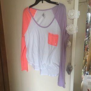 Colorblock Volcom shirt